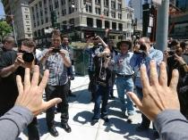 Видео, снятое Google Glass