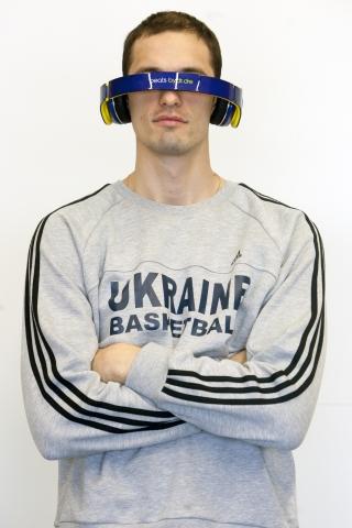 Игроки сборной Украины по баскетболу стали обладателями наушников Beats