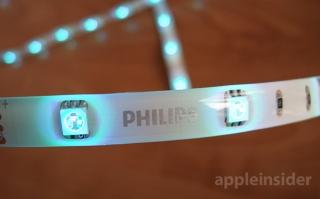 Phillips Friends of Hue: светильник и световые полоски как оригинальная идея для освещения помещения