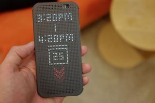 Dot View: Многоликий чехол для HTC One M8
