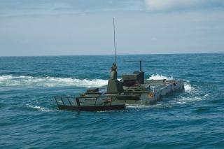 Новая машина-амфибия для американской морской пехоты
