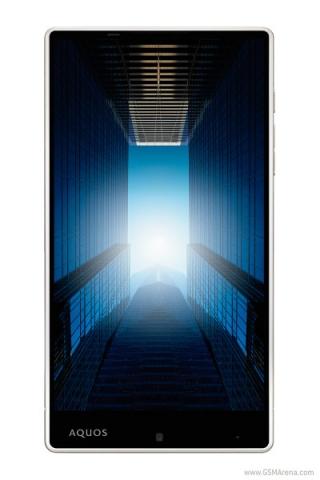 Смартфон Aquos Crystal Xx с 5.7-дюймовым экраном и алюминиевым корпусом