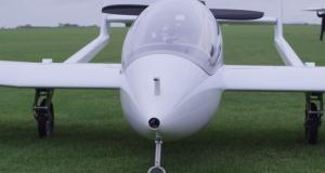 В небо поднялся первый гибридно-электрический самолет