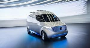 Mercedes-Benz розробляє фургон, який зробить доставку товарів безпілотниками ефективнішою