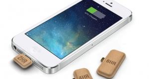 Представлены миниатюрные внешние батарейки для iPhone в форме картонных капсул