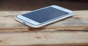 Обзор смартфона Samsung Galaxy J1: малыш Джей