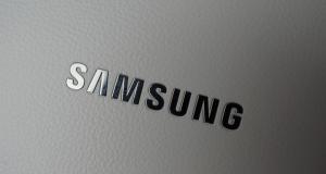 """Новый 7"""" планшет Samsung больше похож на смартфон"""