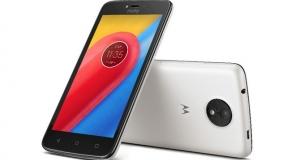 Нові смартфони Moto C і  Moto C Plus – найнеобхідніші функції за мінімальну ціну