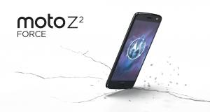 Кияни перевірять на міцність екран нового флагмана Motorola
