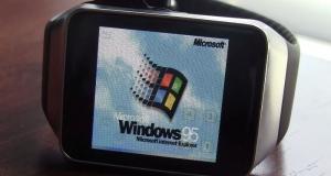 Как работает Windows 95 на умных часах Samsung Gear Live