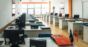 В Україні презентували систему для навчання студентів проектуванню роботів та розумних пристроїв