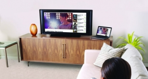 SmartTV и клавиатура Logitech Wireless Touch Keyboard K400