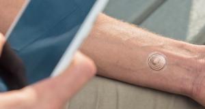 Motorola представила временную тату для разблокировки смартфона