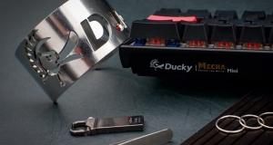 Клавіатура Ducky Mecha Mini, побудована як танк