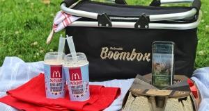 У McDonald's перетворили картонний підстаканник на бумбокс