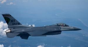 ВВС США будут тренироваться с дистанционно контролируемым F-16