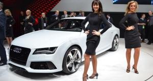 Audi RS7 не понадобился водитель, чтобы покорить трассу на полной скорости