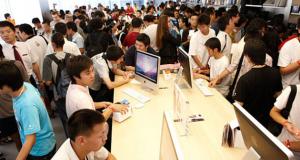 Притягательная сила Apple Store: 300 миллионов посетителей за 10 месяцев