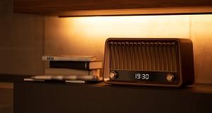 Деталі в стилі 1950-х від Philips: акустична система та портативні колонки, що вражають