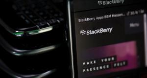 Классика в моде: первые фото нового смартфона BlackBerry Classic
