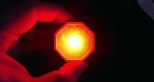 Stoptix – автоматический стоп-сигнал, который загорается независимо от педали тормоза