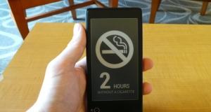 Знакомимся с Yotaphone: телефон с двумя экранами