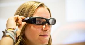 Проект Google Glass может быть и умер, но Sony планируют продвигать свои очки SmartEyeglass