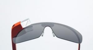 «Встречают по одежке»: первое приложение для Google Glass узнает вашего друга по одежде