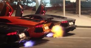 Тройка суперкаров Lamborghini Aventador дышат пламенем в новом видео