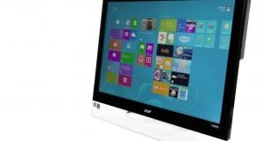 Acer Aspire 7600U: украшение стола