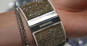 Первый взгляд на Galaxy Note 4 и Gear S, усыпанных кристаллами Swarovski