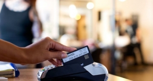 Plastc - единая платежная карта, которая заменит все ваши кредитки