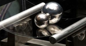 Технология Gorilla Glass появится на лобовых стеклах автомобилей