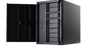 """НОВИНКА SilverStone SST-DS380: компактний Mini ITX корпус, для розміщення до 12-ти накопичувачів із можливістю """"гарячої заміни"""""""