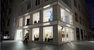 Huawei відкрила перший флагманський магазин в Австрії: інтерактивний шопінг у самому центрі Відня