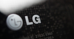 LG: смартфон LG Z с гибким дисплеем презентуют в этом месяце