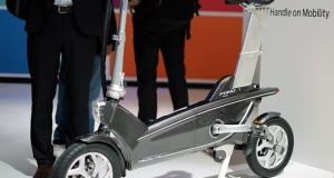 Ford представил на MWC 2015 концепт складного электрического велосипеда (видео)