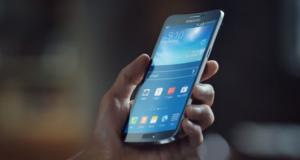 В новом ролике Samsung сравнивает Galаxy Round с авокадо и матрешкой