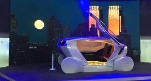Концепт безпілотного автомобіля-кімнати на колесах (відео)