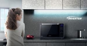 Мікрохвильова піч Panasonic NN-DS596MZPE: справжнє готування на парі
