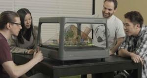 Настольный голографический дисплей отображает контент с вашего смартфона в 3D-формате