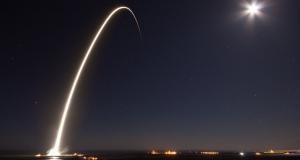 SpaceX планує запустити перший інтернет-супутник вже в 2019 році