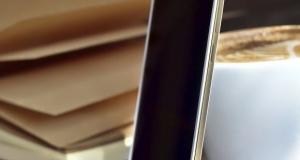 Позолоченный Oppo R5 появится на международном рынке 14 февраля
