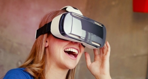 Улучшенная VR-гарнитура Gear VR для смартфонов Galaxy S6 и Galaxy S6 Edge