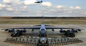 У новому оборонному бюджеті США передбачені кошти на мікродрони, літаки «Арсенал» та новітні рейкотрони