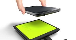 Tylt представила новые беспроводные зарядки для габаритных смартфонов