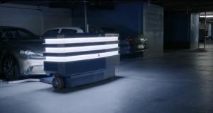 Робот-паркувальник від французьких розробників (відео)
