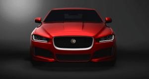 Jaguar XE позволит контролировать автомобиль издалека при помощи смартфона