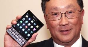 Как смотрятся приложения на квадратном BlackBerry Passport