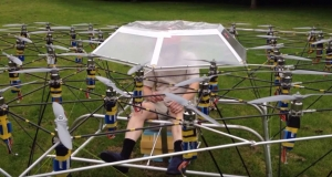 Британец построил колесницу из дронов